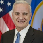 Minnesota Governor Mark Dayton's Official Photo