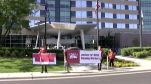 CTUL Protest outside of Super Valu shareholder meeting