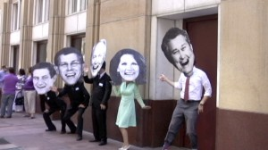 Actors portray MN GOP Congressional delegation outside Wells Fargo bank