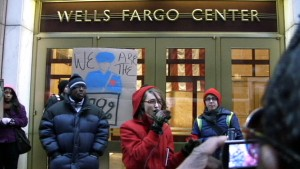 Students Protest outside of Wells Fargo Bank